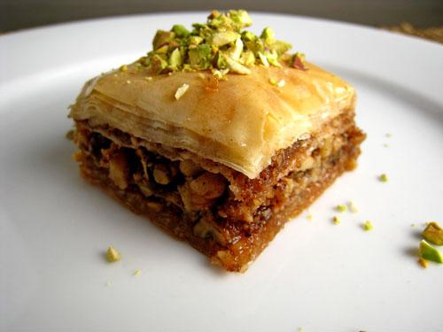 http://www.kuhar.ba/recepti/deserti/kolaci/baklava/