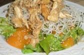 Azijska pileća salata sa susamom