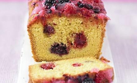 Ukusni voćni kolač